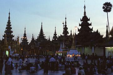 2001-09-013.jpg